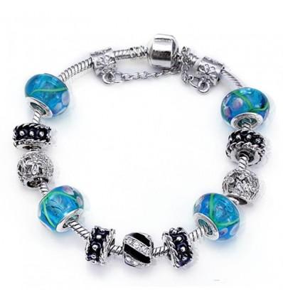 Forsølvet med blå charms