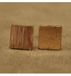 Firkantet børstet ørestik, guldfarvet