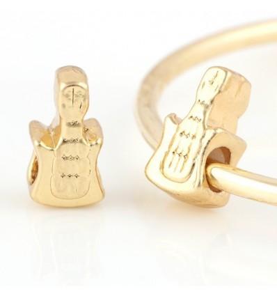 Guitar, guldfarvet