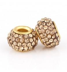 Guldfarvet med krystaller