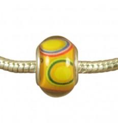 Gul med farvede ringe