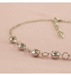 Armbånd med små klare krystaller