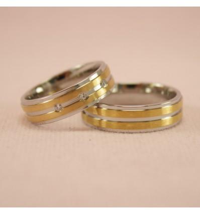 Smuk ring med 3 zirkoner