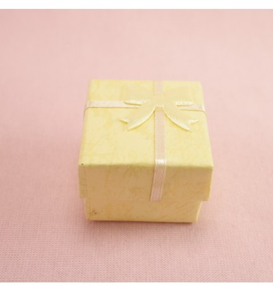 Lille gaveæske, gul