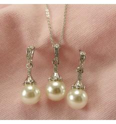 Elegant smykkesæt, hvid