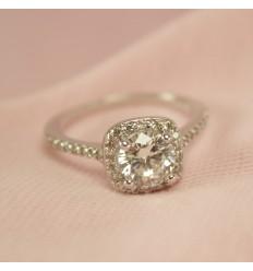 Smuk klar ring med stor CZ