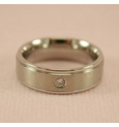 Børstet ring med lille krystal