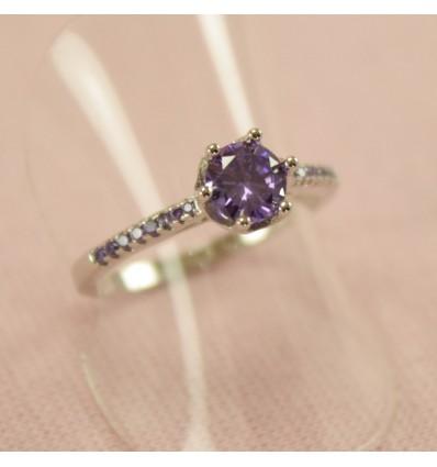 Prinsesse ring med lilla CZ Amethyst