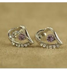 Skævt hjerte med lilla krystal