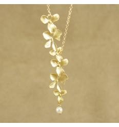 Guldfarvet orkide halskæde